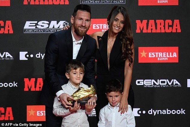Messi wife and kids, Golden shoe