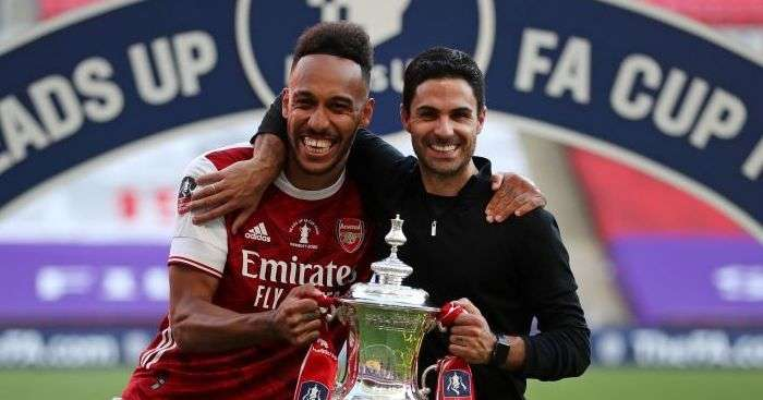 aubameyang signs a new contract extension at arsenal