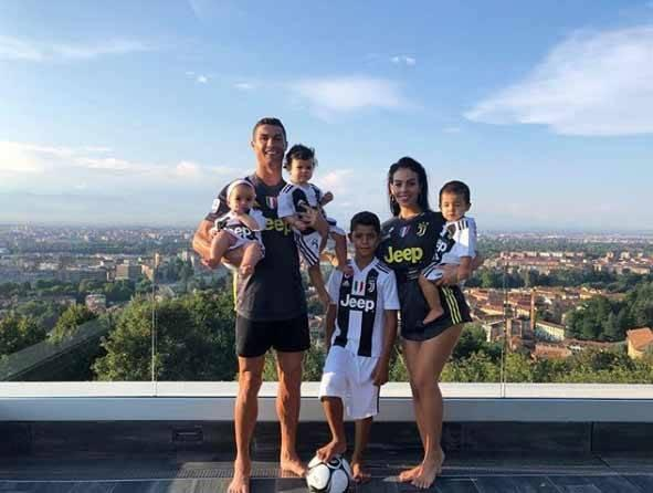 cr7 house in turin