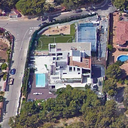 messi house aerial view