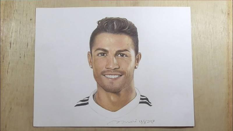 ronaldo drawing pencil