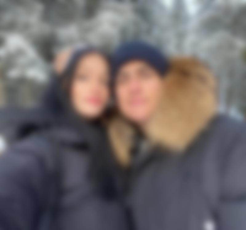 A selfie of Paulo Dybala and his partner Oriana Sabatini